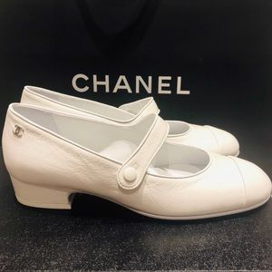 Chanel Mary jane leather shoes White